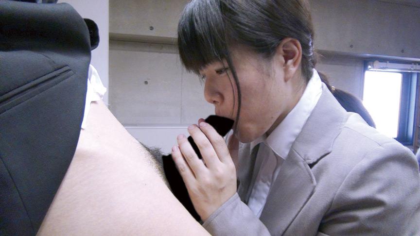 新人女性社員が面接官004