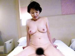 【エロ動画】寝取られ人妻 湯けむりの旅13のエロ画像
