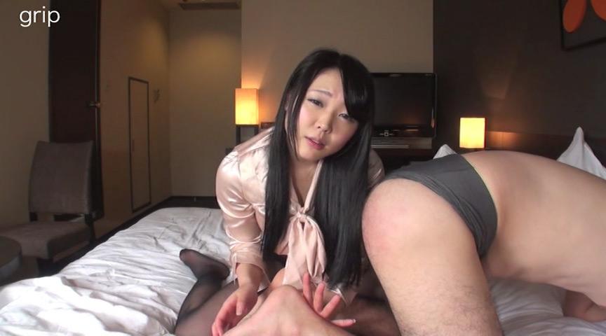 優しい淫語の足責めと顔舐め M男くすぐり美人秘書 川越ゆい の画像3