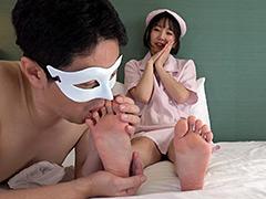足裏:OLの足裏を匂い嗅ぎ舐めくすぐり!足裏ダブル個人面接
