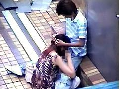 素人カップルのセックス意識調査と称して盗撮