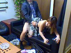有名私立校教師の猥褻進路指導に染まる女子○生たち