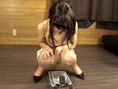 おしっこしながら移動する女達2 排泄実験観察シリーズ7