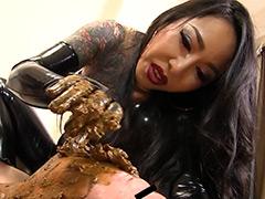 【新着動画】黄金と分泌物に溺れる豚マゾたち 妖湖女王様 お友達の家畜