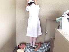 ストレス解消に患者をハイヒールでいたぶるナース