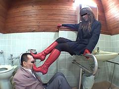 万引き犯に疑われた社長の娘 赤ブーツ編