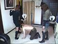 イケメンを犬扱いしニーハイブーツで苦しめる美容師 7