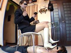 デパガ女王様最後のブーツ踏み