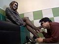 働くレディース専用人間足洗浄機6