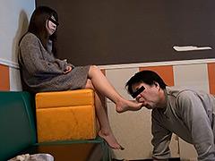 働く女性専用足裏口中洗浄機1