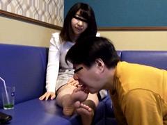 初めて足舐めで足が性感帯へと開発され異常に感じまくる