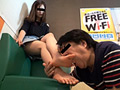 仕事帰り女性の汚れた足舐め専門職(2)