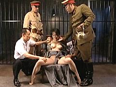 新・戦争悲話スペシャル 陵辱女学生 地下牢