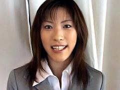 【エロ動画】会社説明会の受付嬢をまかされたAV女優が…のエロ画像