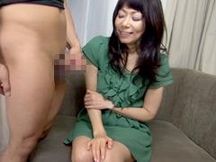 熟女が恥らうセンズリ鑑賞4