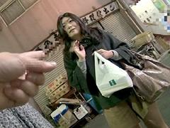 【エロ動画】年の差15歳以上の可愛い熟々おばさんをゲット!!11のエロ画像