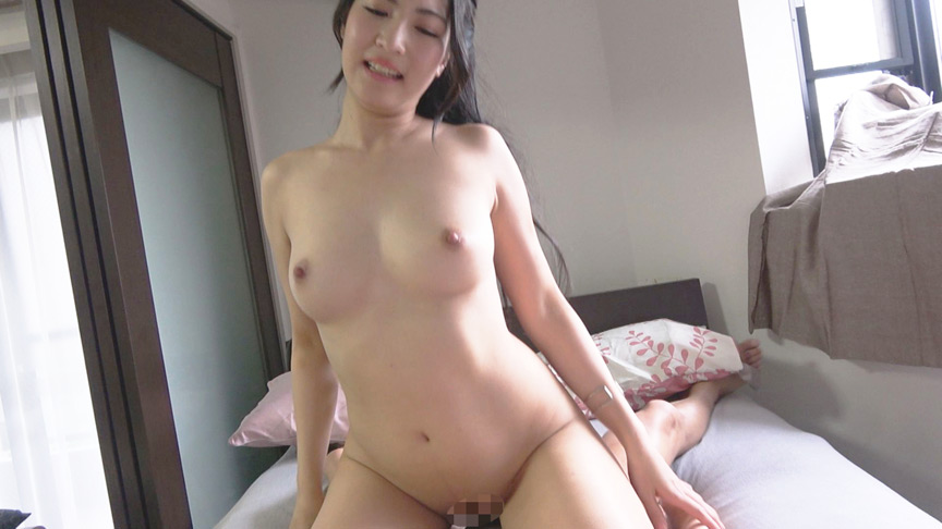 熟女のご自宅訪問 夫の居ぬ間に自宅寝室で不倫性交2