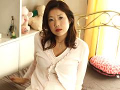 母乳出まくり 淫獣四十路母 志穂(40)