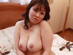 【エロ動画】ドM人妻 放尿・精飲 なみ(37)のエロ画像