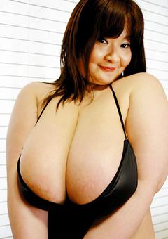 超乳母性オーカップ!!~比類なき肉体デリバリーモリモリフェラレディ熟女~