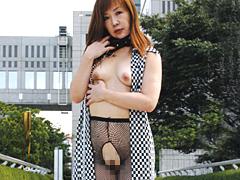 [露出動画]人妻破戒 変態淫乱熟女 一ノ瀬由美-画像1