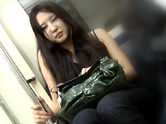 [露出動画]野外視姦羞恥 街中でイキまくる女たち-画像1