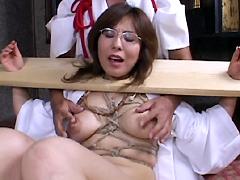 【エロ動画】熟女折檻寺 七のエロ画像
