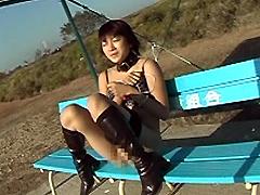 [露出動画]羞恥調教 姉崎瑠璃-画像1