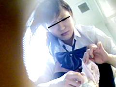 盗撮、痴態トイレお●らし女子校生編3@ピンサロ 盗撮