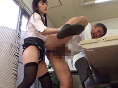 大槻ひびき:キャリア系OL M男社員スパルタ調教4 大槻ひびき