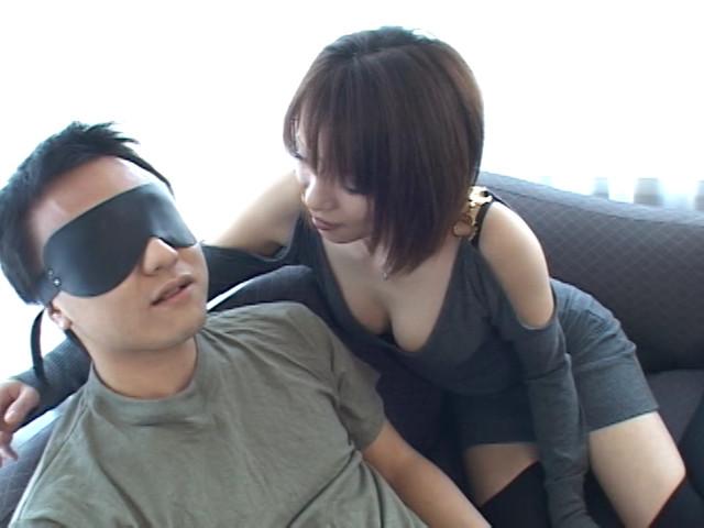 【盗撮セックス動画】巨乳のデリヘルギャルと本番中に
