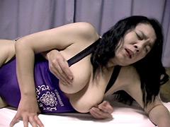 【エロ動画】おっぱいマッサージ師ひろしの猥褻マッサ〜ジ卑猥撮りのエロ画像