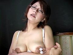 どすけべ熟女のエロ乳2