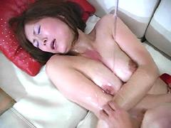 どすけべ熟女のエロ乳