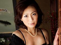 【エロ動画】未亡人 矢部寿恵 真中ケイのエロ画像