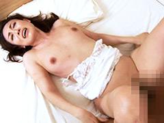 不倫SEXに溺れる人妻の淫らな欲望と秘密