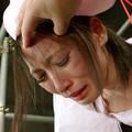 強姦検診に泣き叫ぶナース