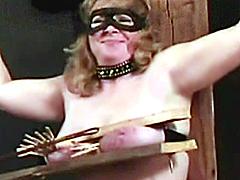 【エロ動画】膣と乳1のエロ画像