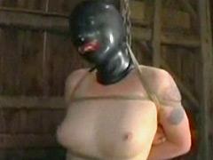【エロ動画】拉致 アナル責め 顔面拷問のエロ画像
