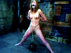 【エロ動画】搾乳・拘束・牽引サービスパックのエロ画像