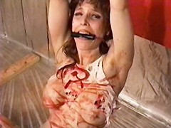 【エロ動画】Bloody mess 血と叫びの狂想曲のエロ画像
