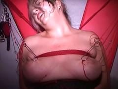 【エロ動画】破壊遊戯3 〜血と痛みに塗れた奴隷〜のエロ画像
