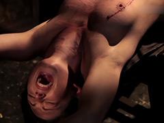 【エロ動画】鞭撃一閃 裂痛打破のエロ画像