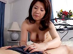 【エロ動画】叔母さんの童貞狩り 宮本静 菊川麻里のエロ画像