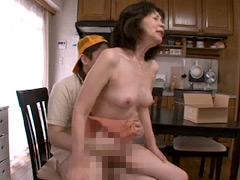 【エロ動画】5月5日はこどもの日 お婆ちゃんの性教育 8時間7のエロ画像
