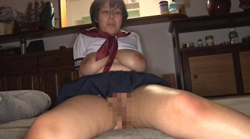 巨乳の隠れ巨乳の地味子10人連続セックス