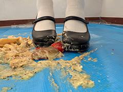 クラッシュ:みねおちゃんのフードクラッシュ おでこ靴/白靴下
