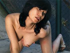 【エロ動画】熟女 調教露出の人妻・熟女エロ画像