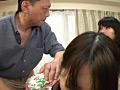 お父さんとお母さんのアナルを交互に舐めるイイ子な娘 8