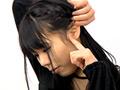 耳用のデジタル顕微鏡で耳の奥の鼓膜までくっきり!耳掃除をしていても奥までは綺麗にできない…そんな奥までの汚れを見られる羞恥。1週間に1回は耳掃除する女性や2、3日前に耳掃除した女性など10名収録!!(マニアの館)